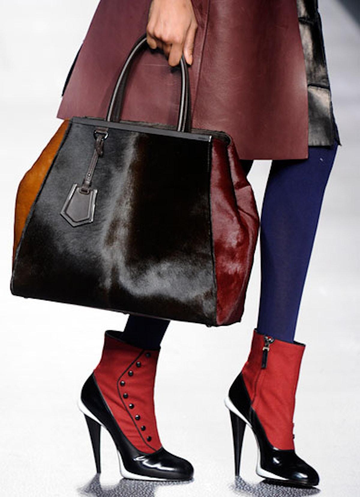 acss-milan-handbags-03-v.jpg