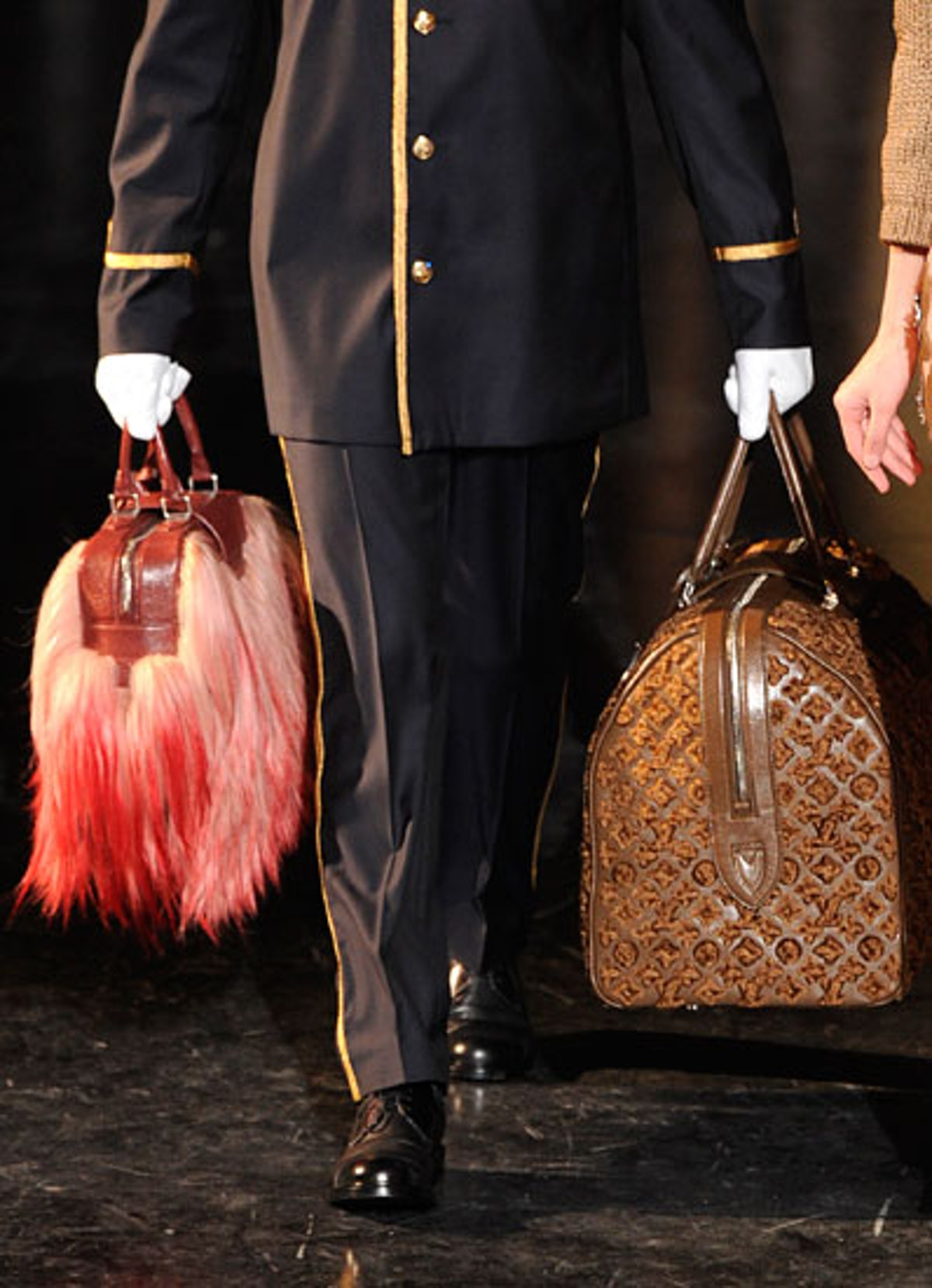 acss-fall-2012-accessories-roundup-09-v.jpg