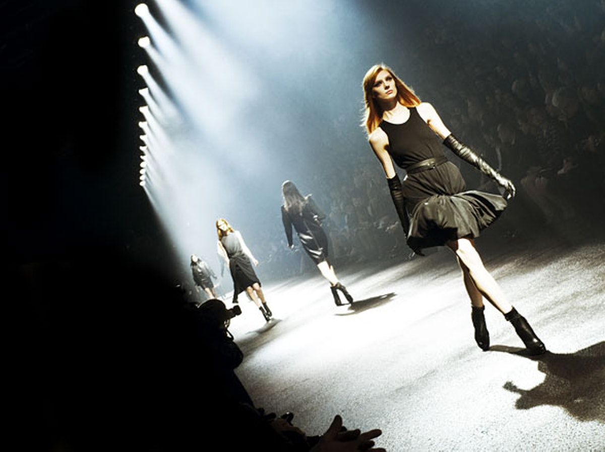 fass-lanvin-fall-2012-backstage-12-h.jpg