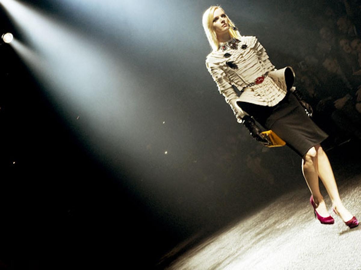 fass-lanvin-fall-2012-backstage-15-h.jpg