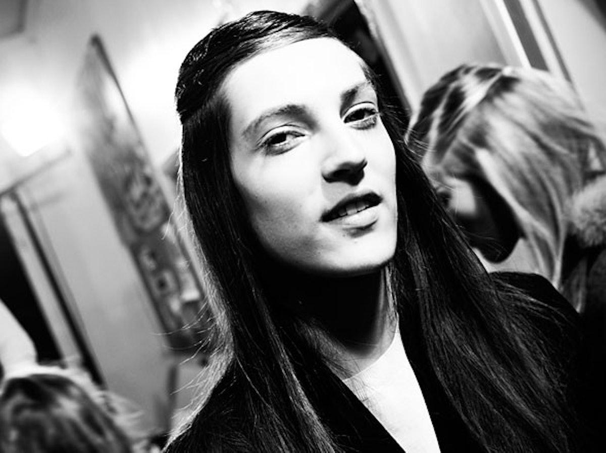 fass-giambattista-valli-fall-2012-backstage-03-h.jpg