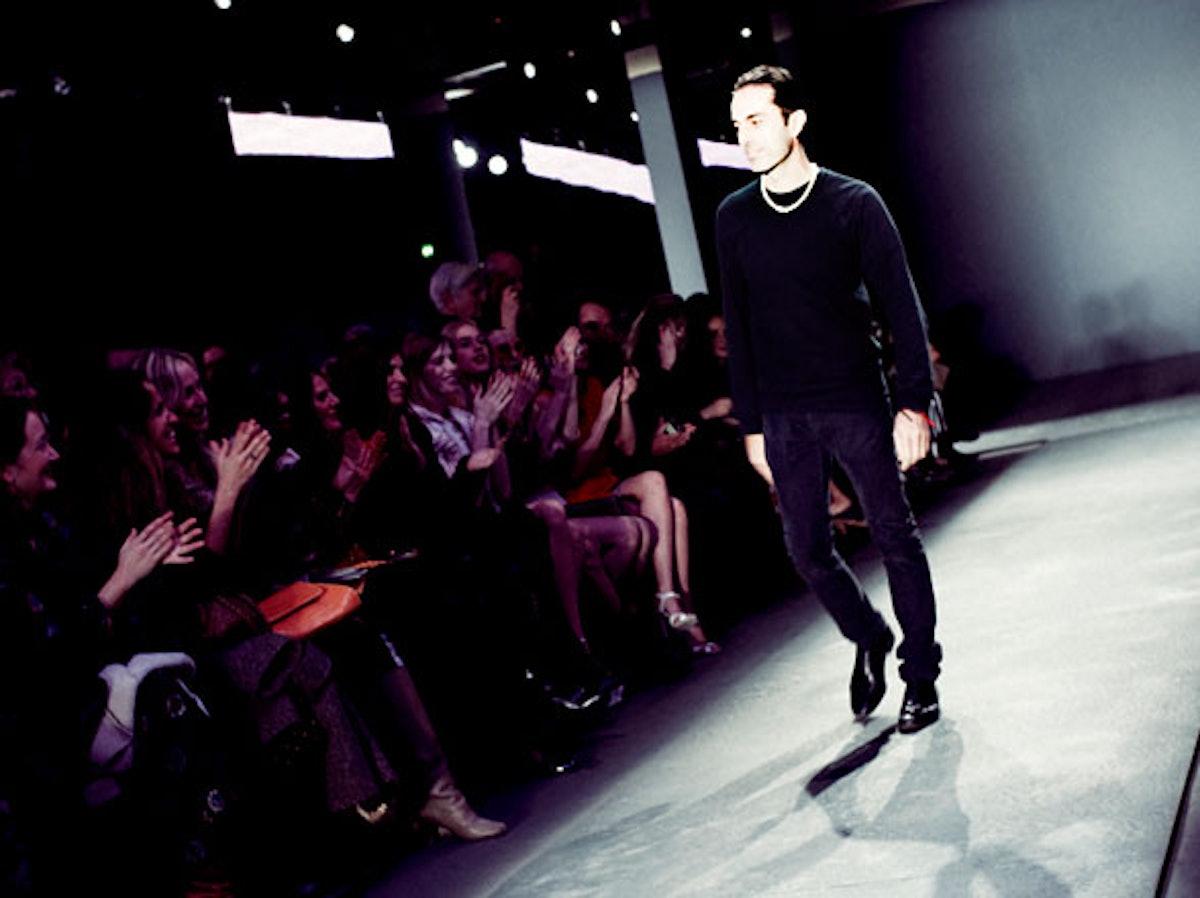 fass-giambattista-valli-fall-2012-backstage-12-h.jpg