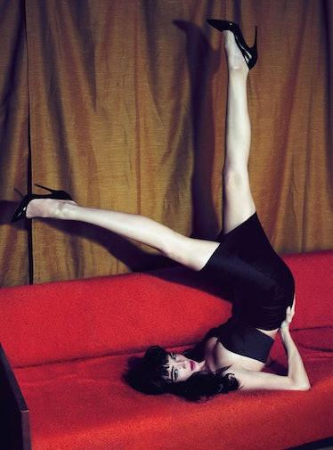 fass-mert-marcus-girly-show-pinups-01-l.jpg