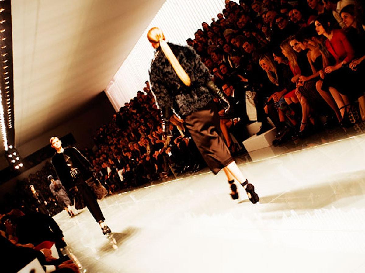 fass-christian-dior-fall-2012-backstage-10-h.jpg