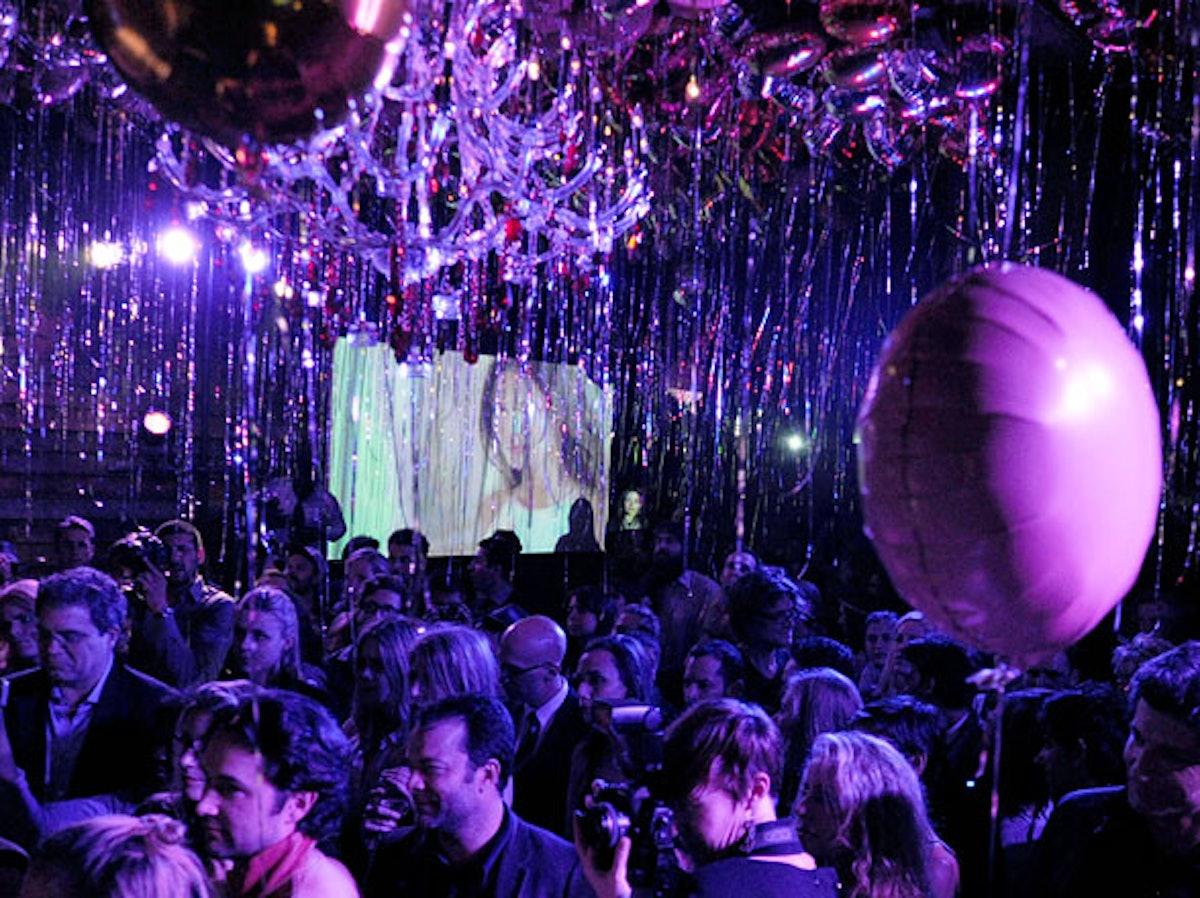 pass-signorina-party-11-h.jpg