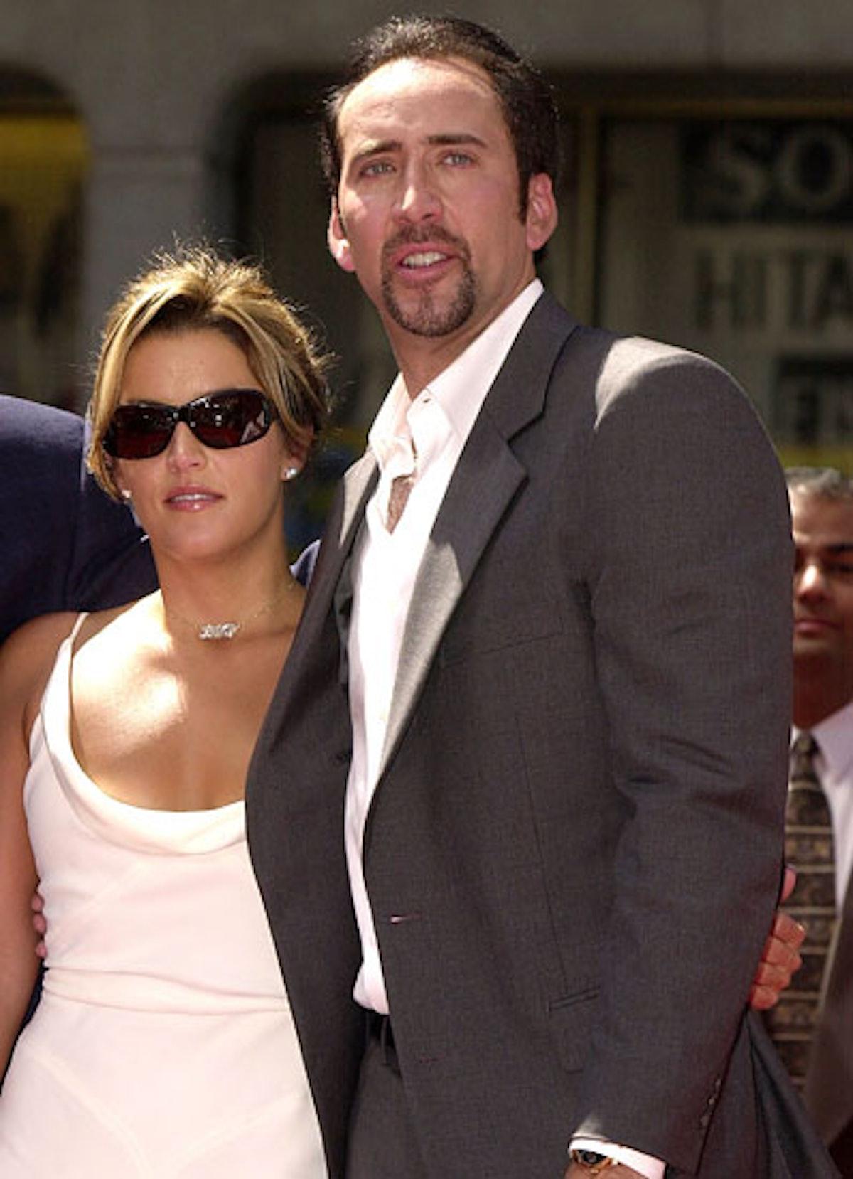 cess-shortest-celebrity-weddings-10-v.jpg