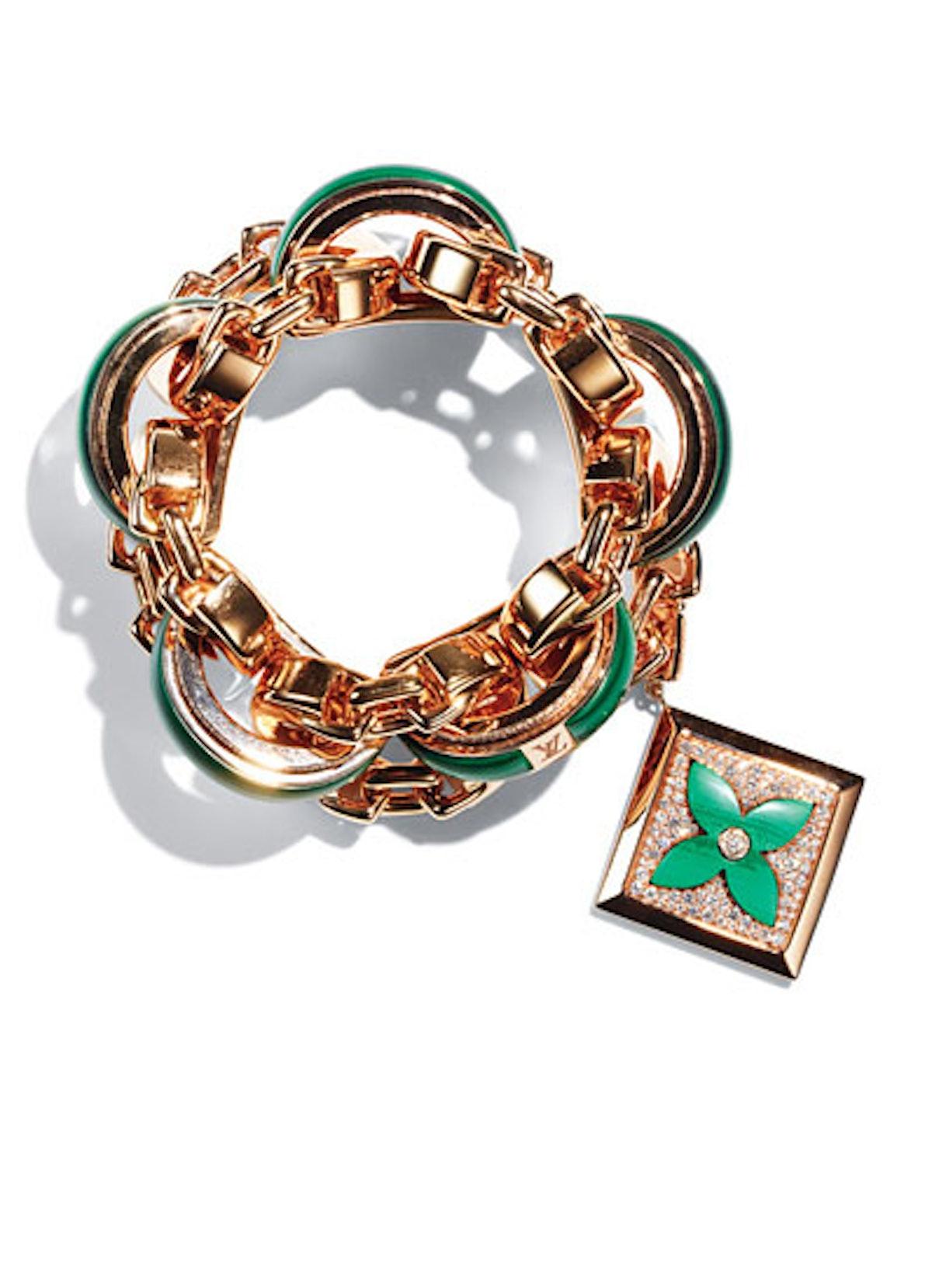 acss-claudias-jewelry-box-may-2012-01-v.jpg