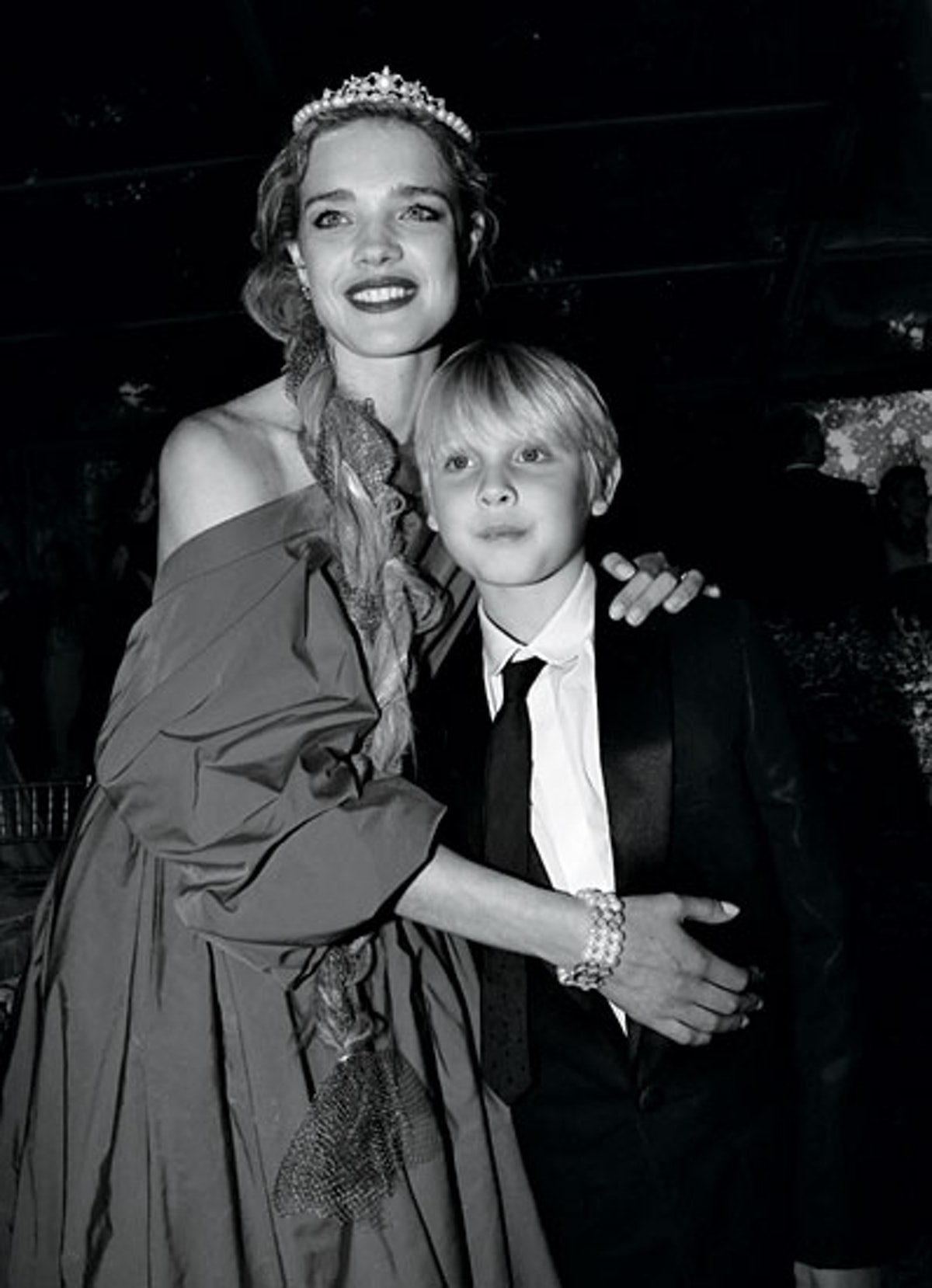 cess-celebrity-mothers-07-v.jpg