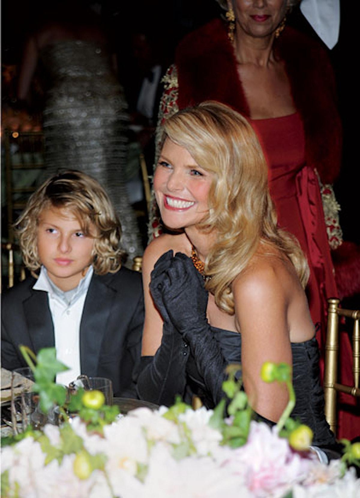 cess-celebrity-mothers-09-v.jpg