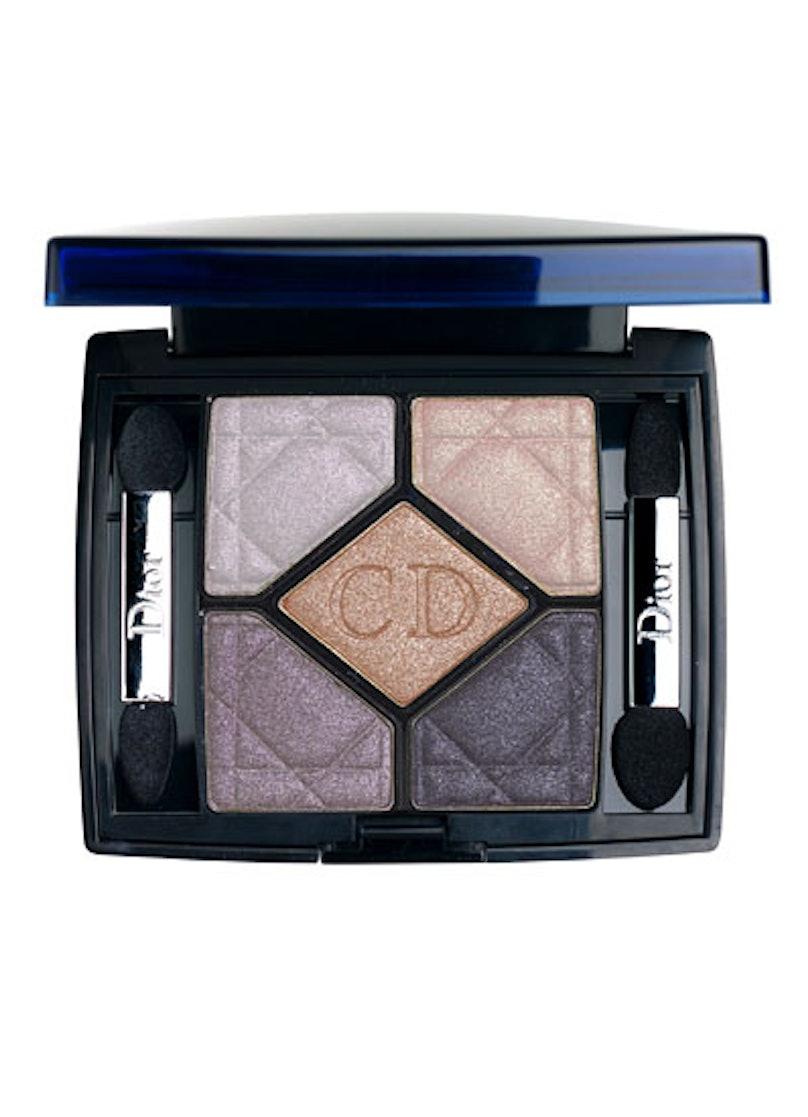bess-shimmery-makeup-03-v.jpg