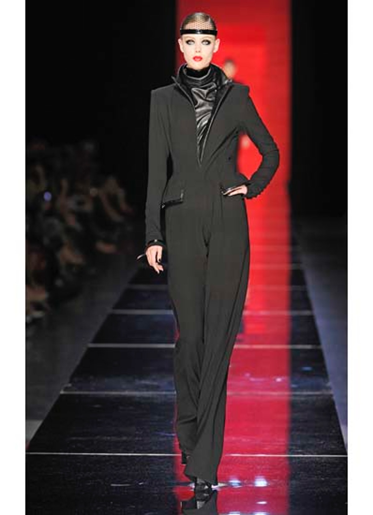 fass-jean-paul-gaultier-couture-2012-runway-02-v.jpg