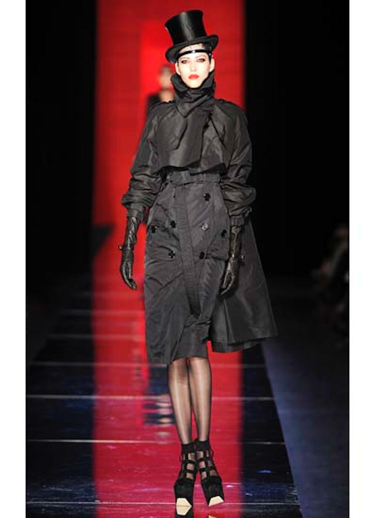 fass-jean-paul-gaultier-couture-2012-runway-06-v.jpg