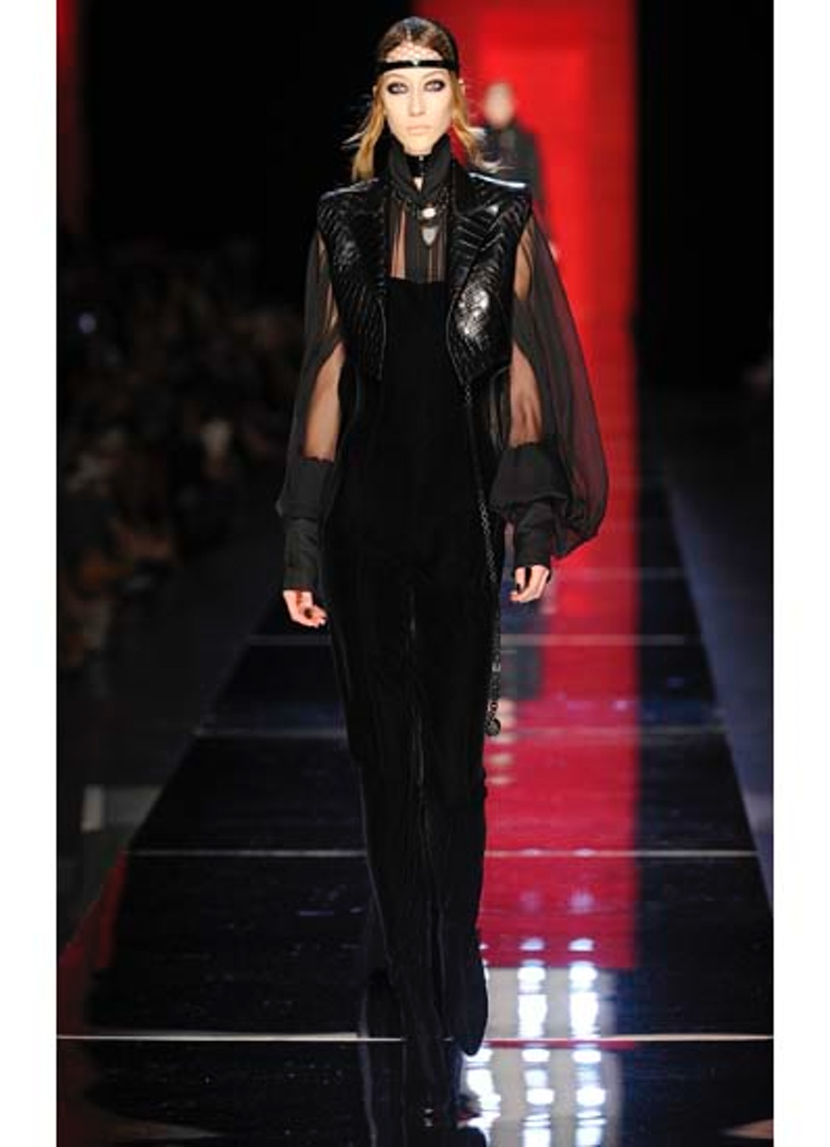 fass-jean-paul-gaultier-couture-2012-runway-09-v.jpg