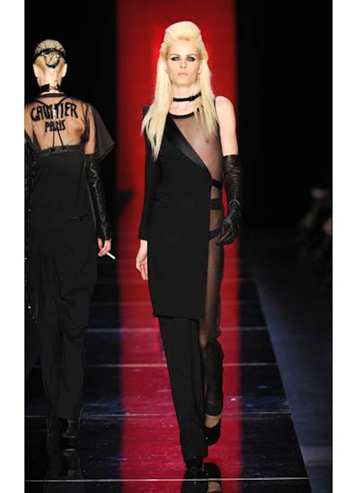 fass-jean-paul-gaultier-couture-2012-runway-13-v.jpg