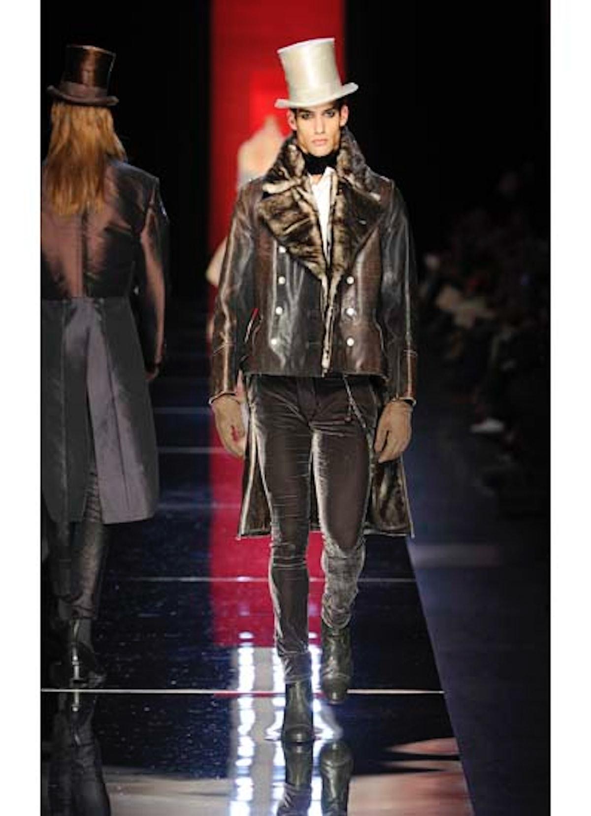 fass-jean-paul-gaultier-couture-2012-runway-23-v.jpg