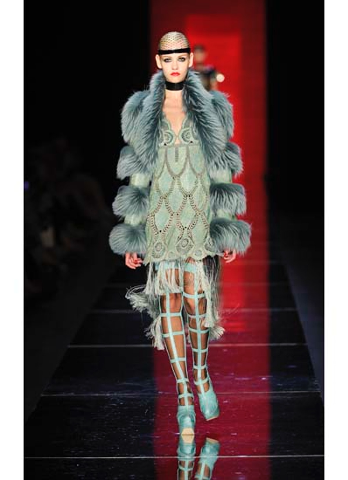 fass-jean-paul-gaultier-couture-2012-runway-29-v.jpg