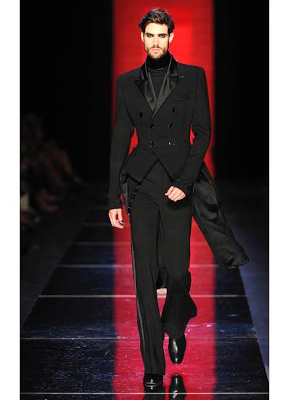 fass-jean-paul-gaultier-couture-2012-runway-36-v.jpg