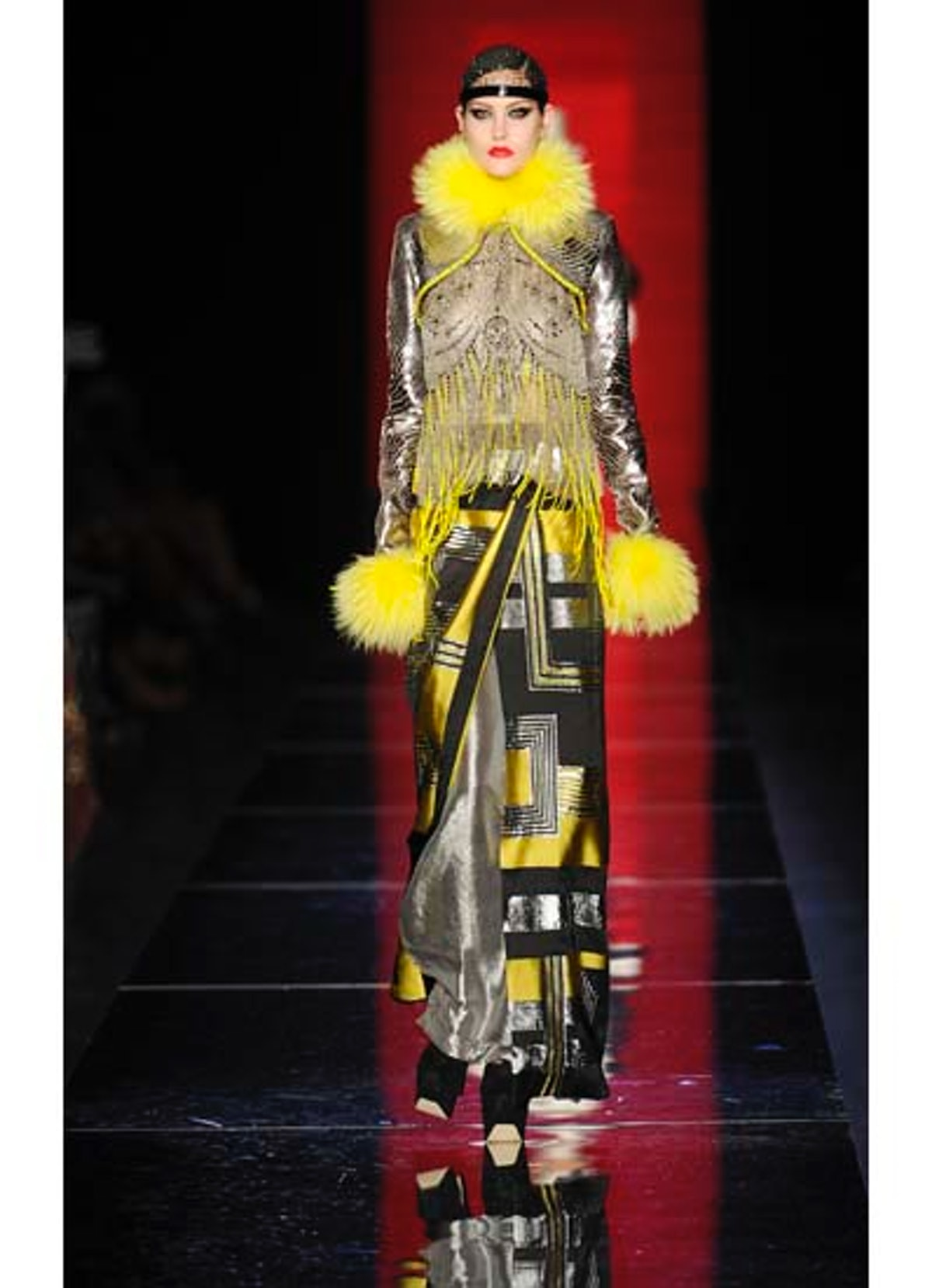 fass-jean-paul-gaultier-couture-2012-runway-48-v.jpg