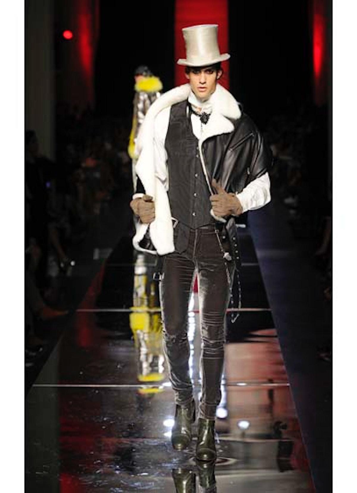 fass-jean-paul-gaultier-couture-2012-runway-49-v.jpg