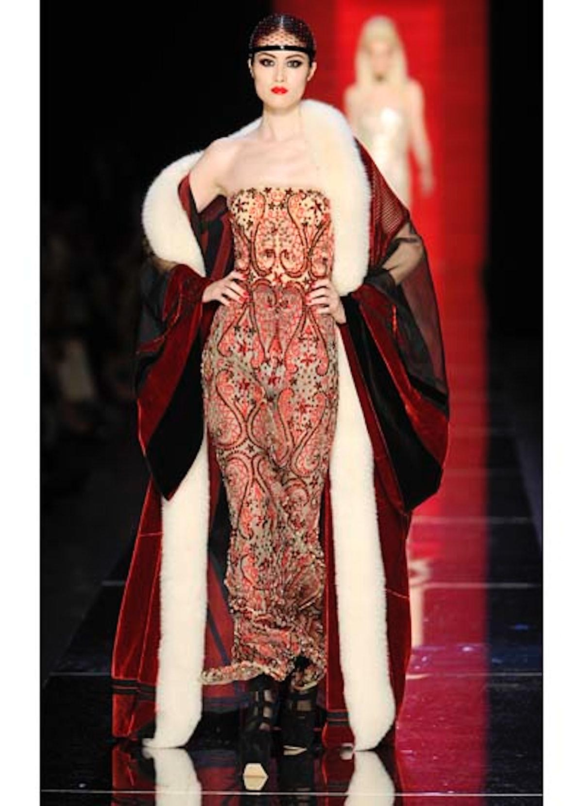 fass-jean-paul-gaultier-couture-2012-runway-54-v.jpg