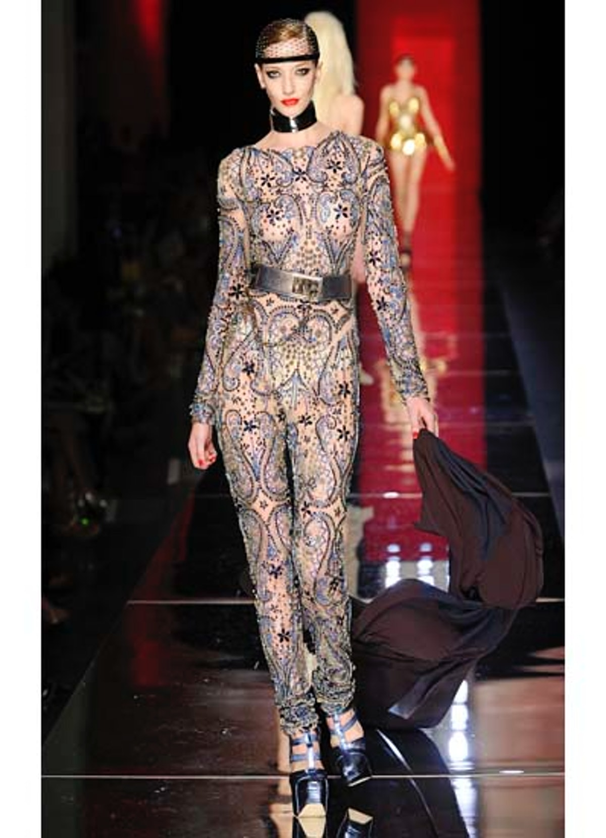 fass-jean-paul-gaultier-couture-2012-runway-56-v.jpg