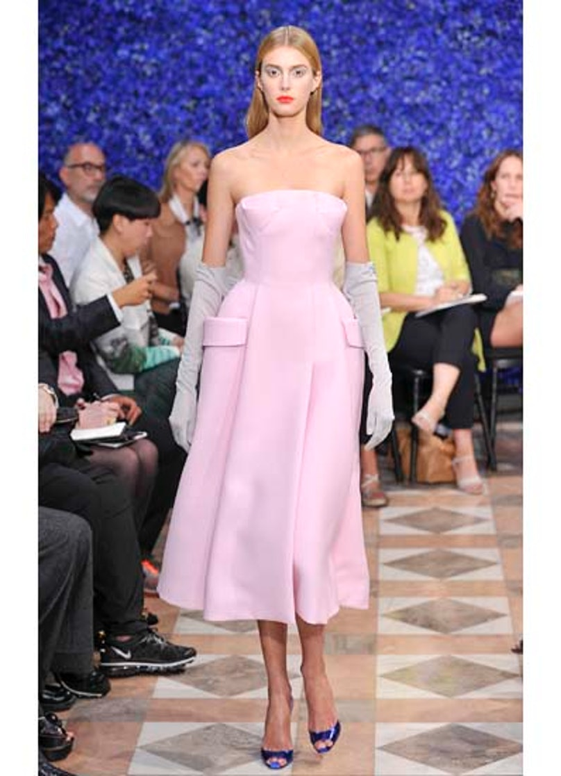 fass-dior-couture-2012-runway-09-v.jpg