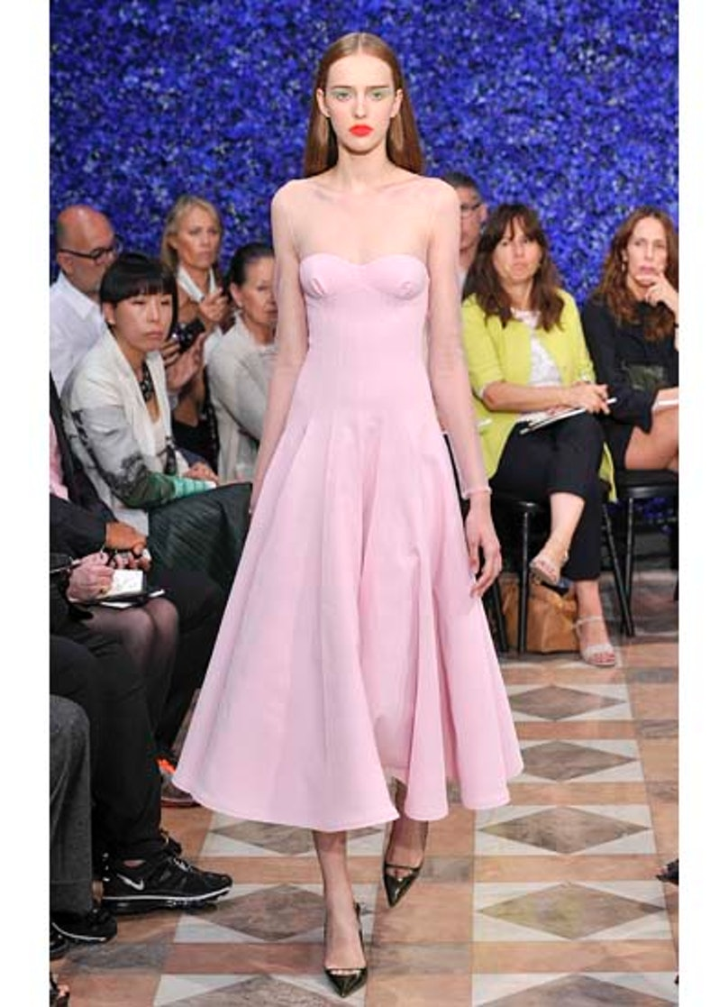fass-dior-couture-2012-runway-18-v.jpg