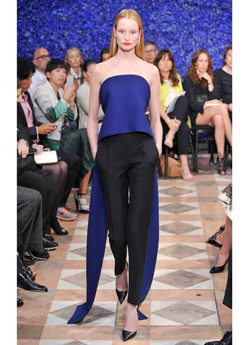 fass-dior-couture-2012-runway-25-v.jpg