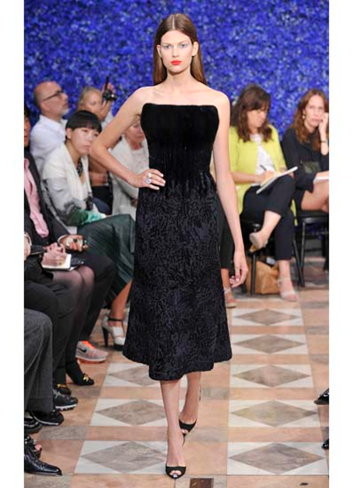 fass-dior-couture-2012-runway-30-v.jpg