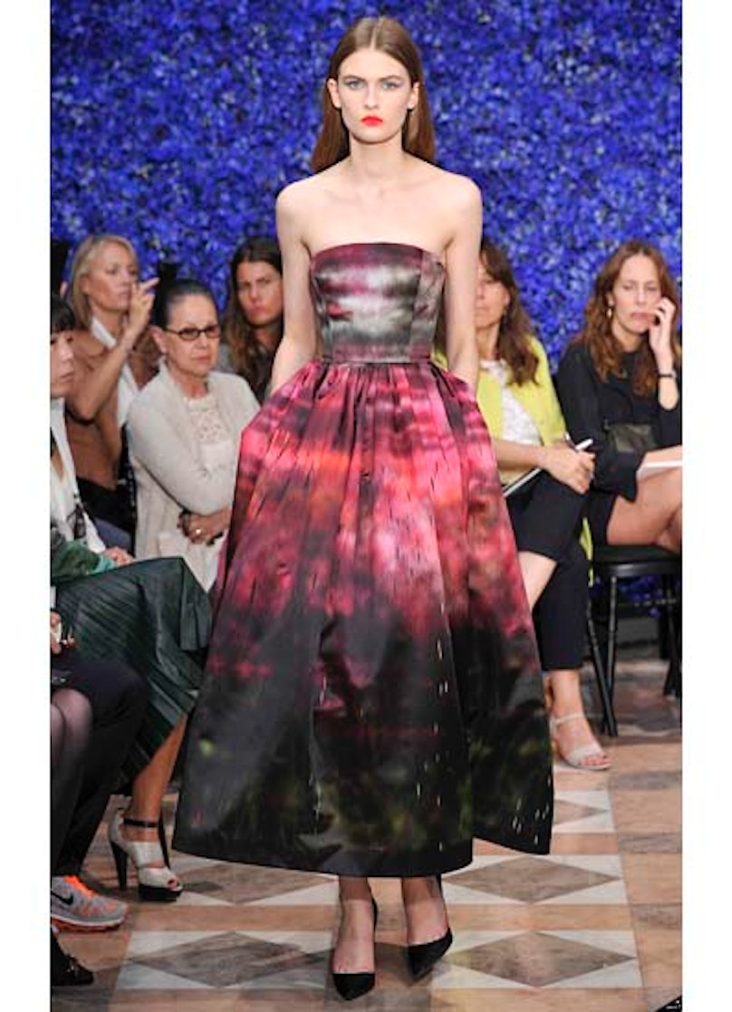 fass-dior-couture-2012-runway-32-v.jpg