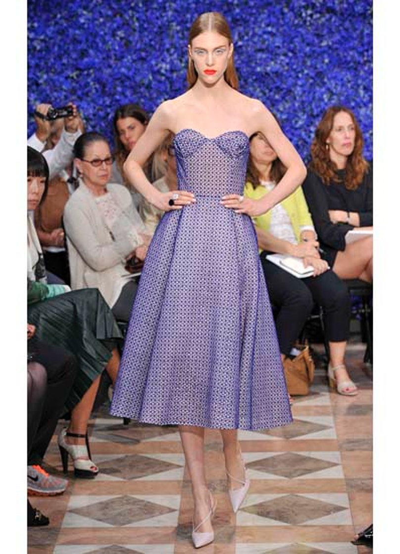 fass-dior-couture-2012-runway-43-v.jpg