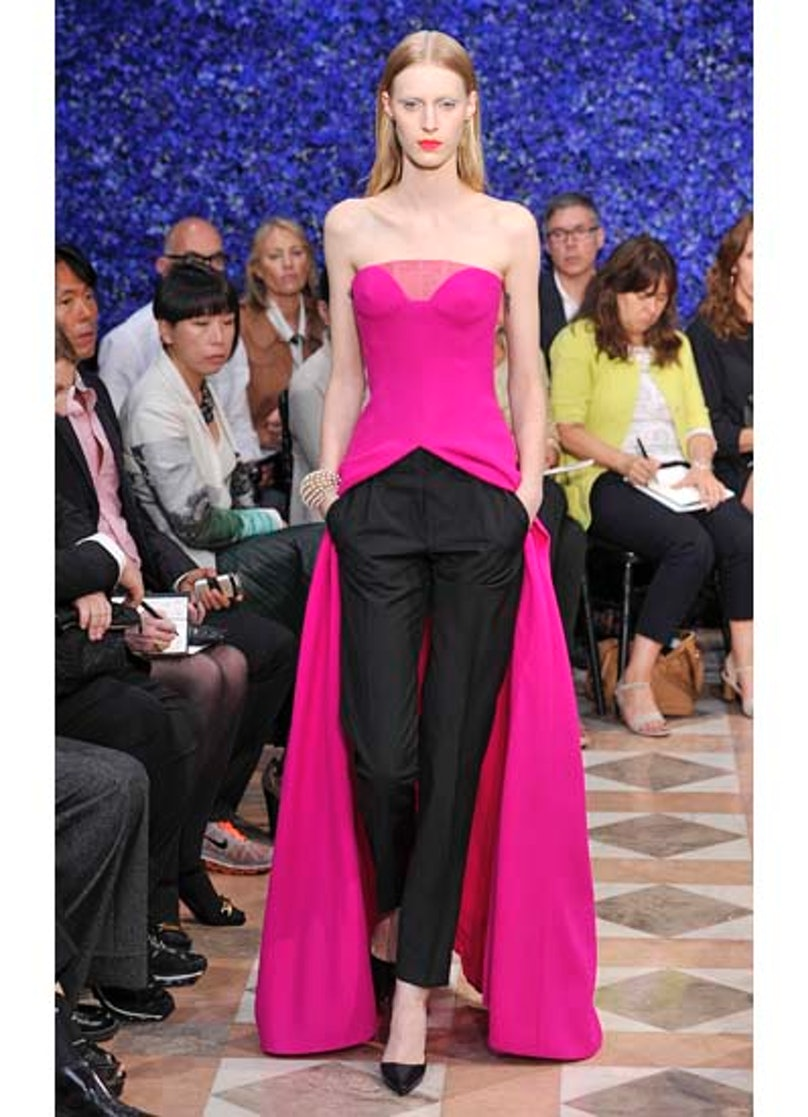 fass-dior-couture-2012-runway-50-v.jpg