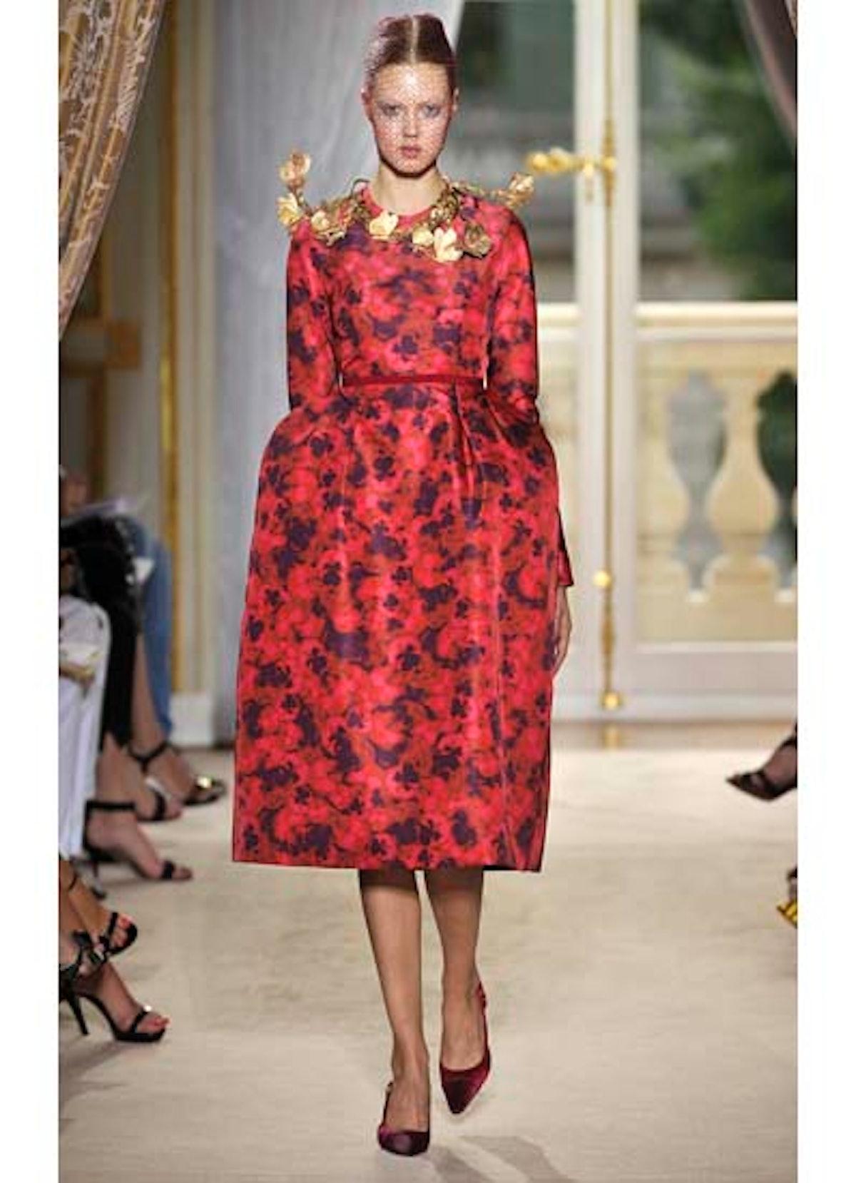 fass-giambattista-valli-couture-2012-runway-02-v.jpg