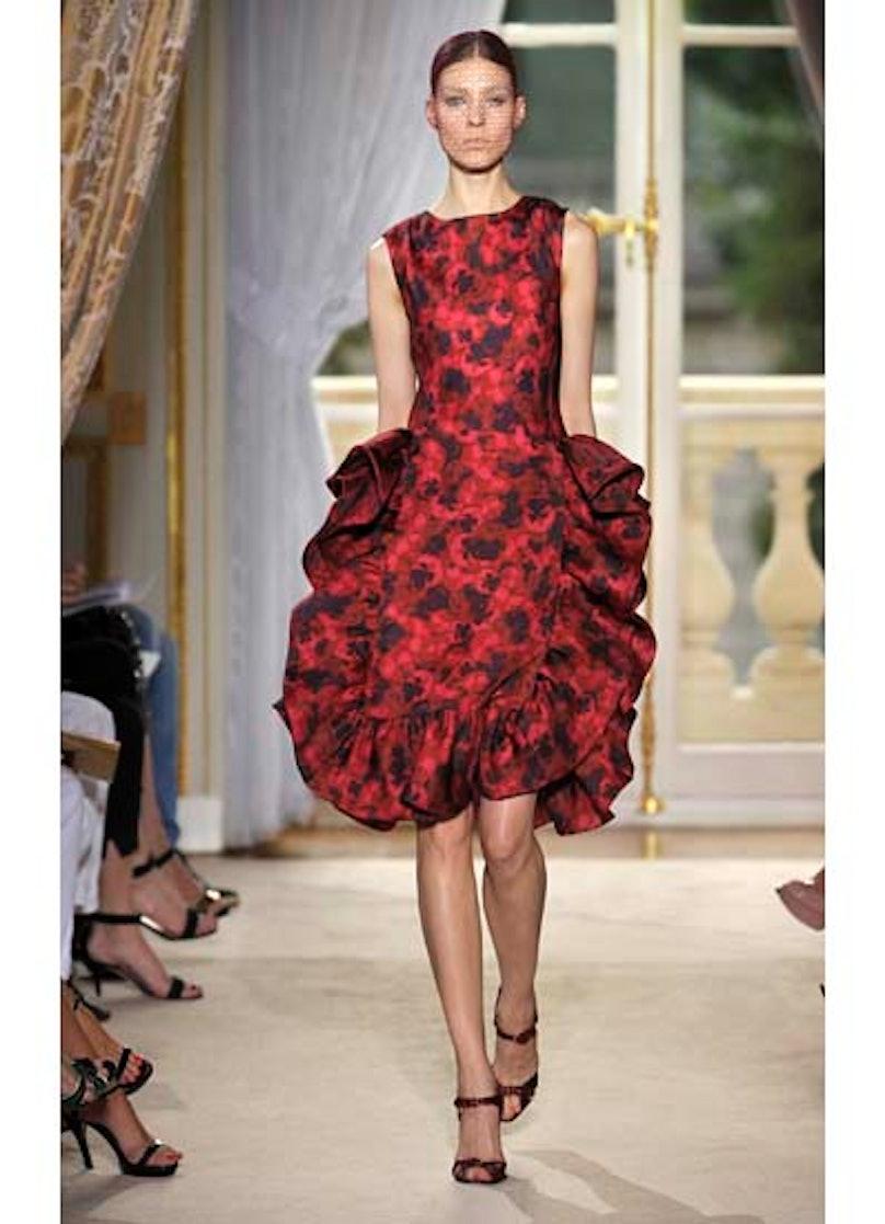 fass-giambattista-valli-couture-2012-runway-04-v.jpg