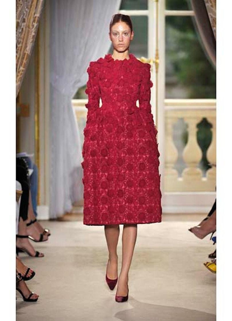 fass-giambattista-valli-couture-2012-runway-06-v.jpg