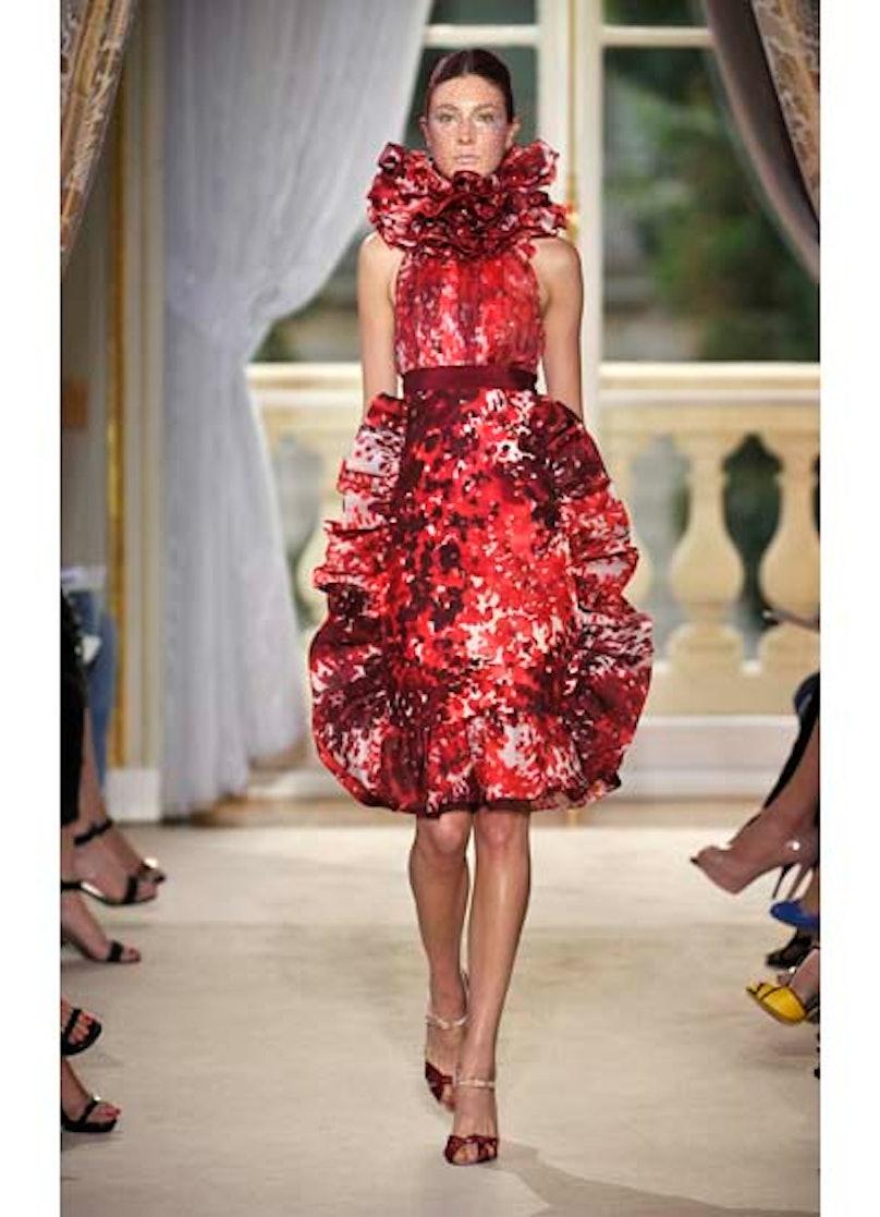 fass-giambattista-valli-couture-2012-runway-07-v.jpg