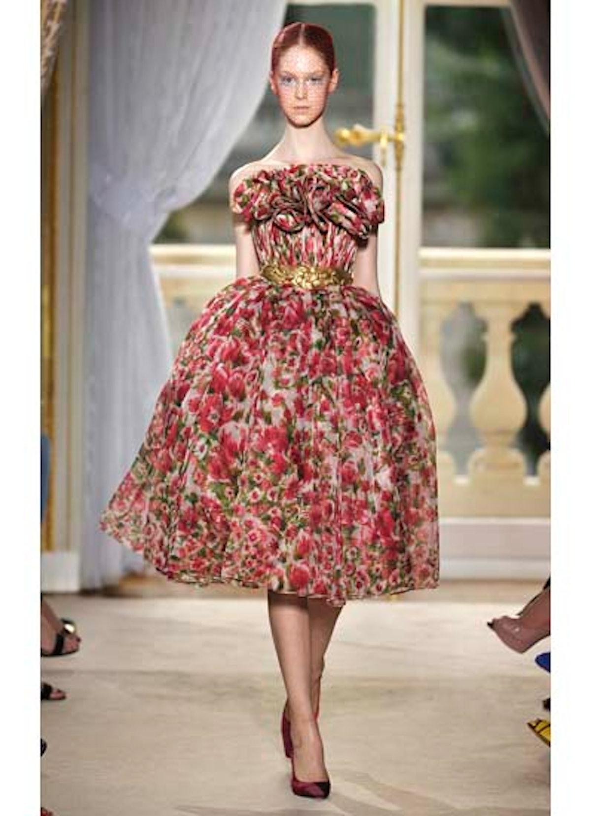 fass-giambattista-valli-couture-2012-runway-12-v.jpg