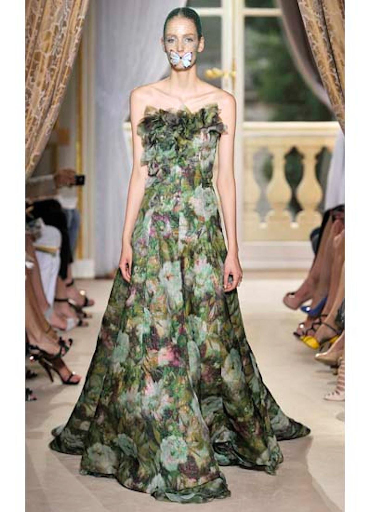 fass-giambattista-valli-couture-2012-runway-31-v.jpg