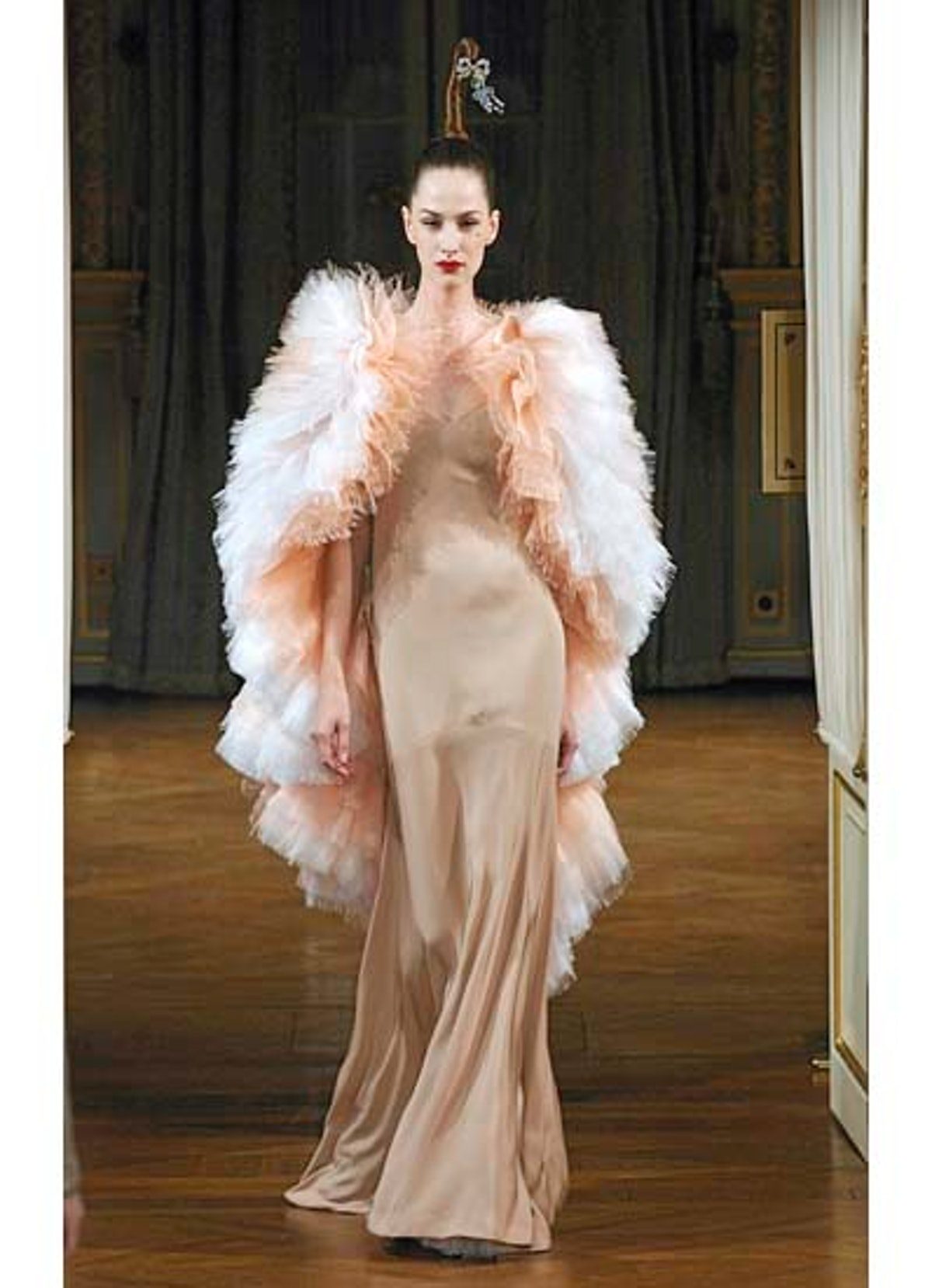 fass-alexis-mabille-couture-2012-runway-09-v.jpg