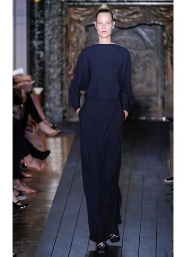 fass-valentino-couture-2012-runway-03-v.jpg