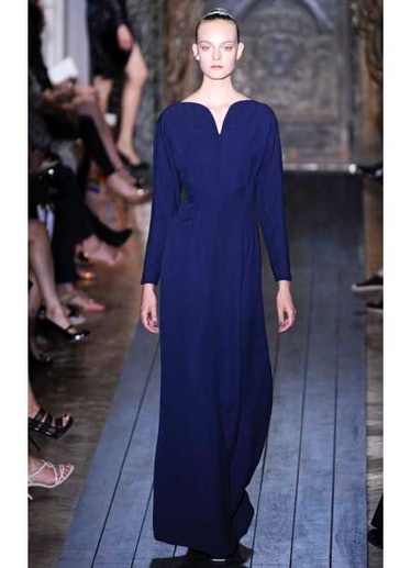fass-valentino-couture-2012-runway-05-v.jpg