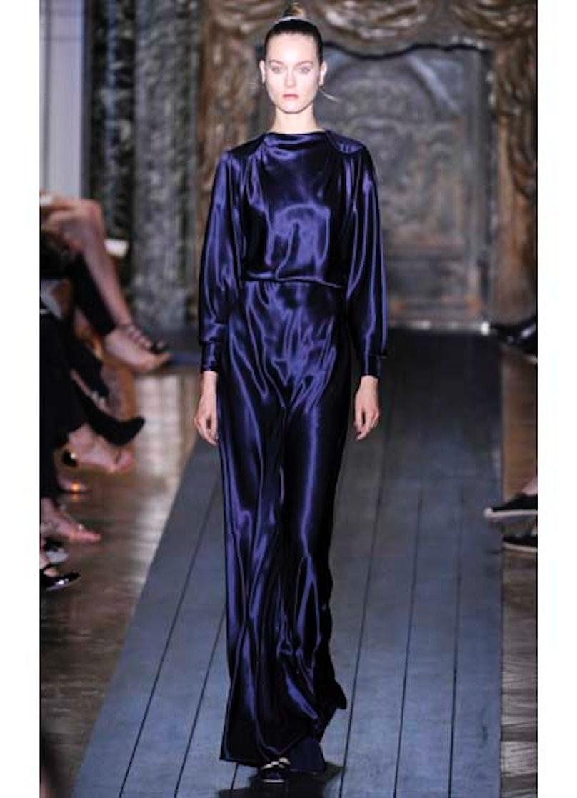 fass-valentino-couture-2012-runway-10-v.jpg