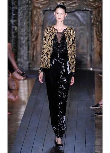 fass-valentino-couture-2012-runway-19-v.jpg