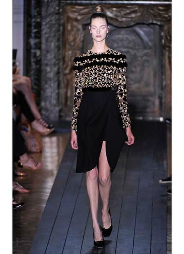 fass-valentino-couture-2012-runway-22-v.jpg
