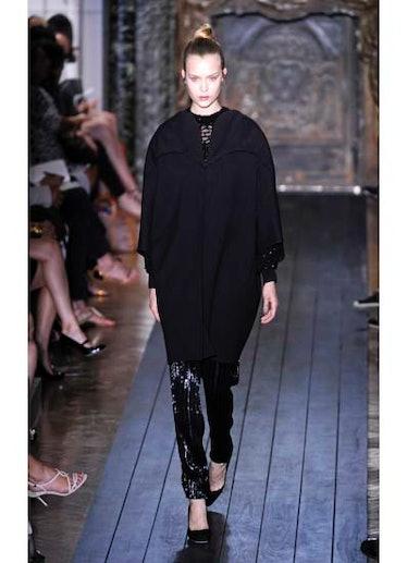 fass-valentino-couture-2012-runway-23-v.jpg