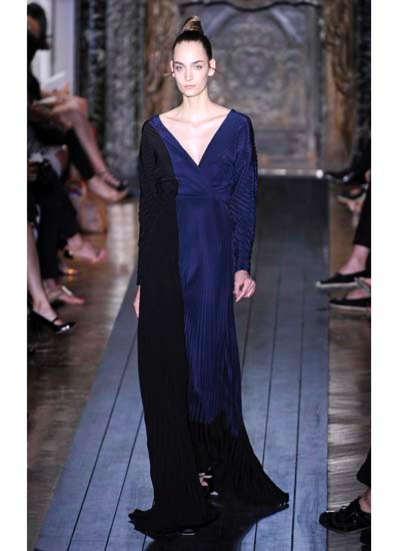 fass-valentino-couture-2012-runway-26-v.jpg