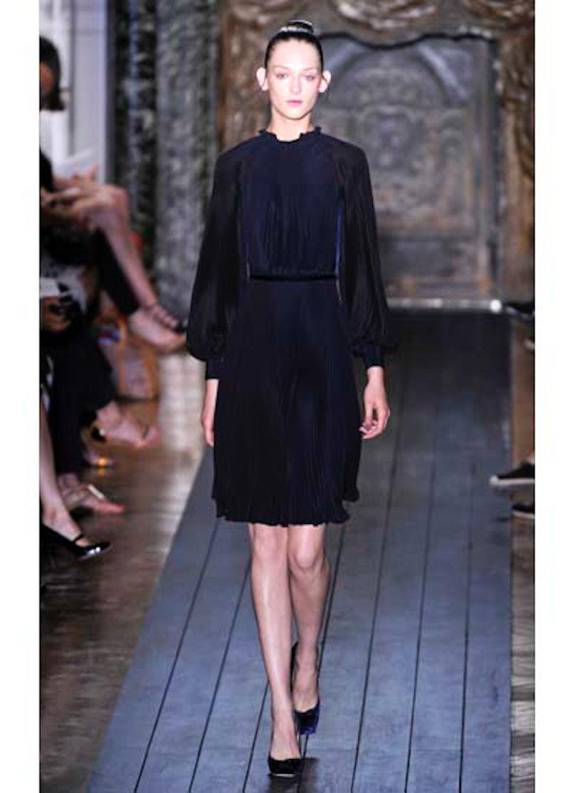 fass-valentino-couture-2012-runway-25-v.jpg