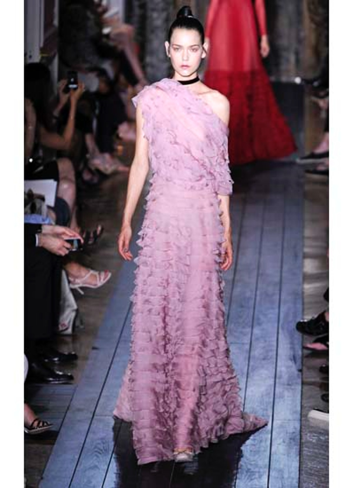 fass-valentino-couture-2012-runway-36-v.jpg