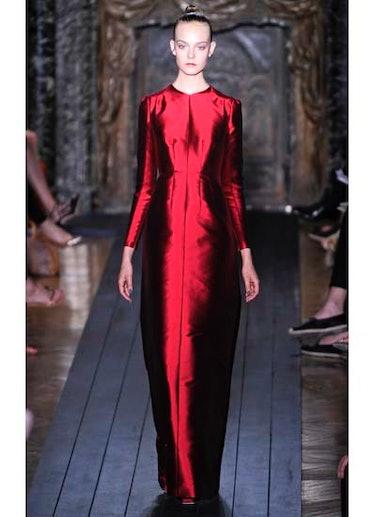 fass-valentino-couture-2012-runway-38-v.jpg