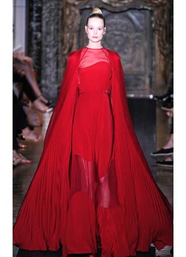 fass-valentino-couture-2012-runway-39-v.jpg